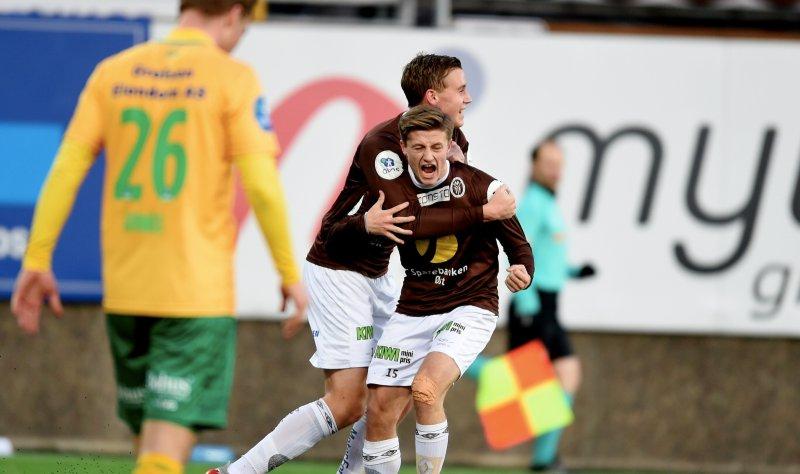 Her har Mathias akkurat sørget for kvalik-avansement med 2-1-målet mot Ull/Kisa. Foto: Digitalsport